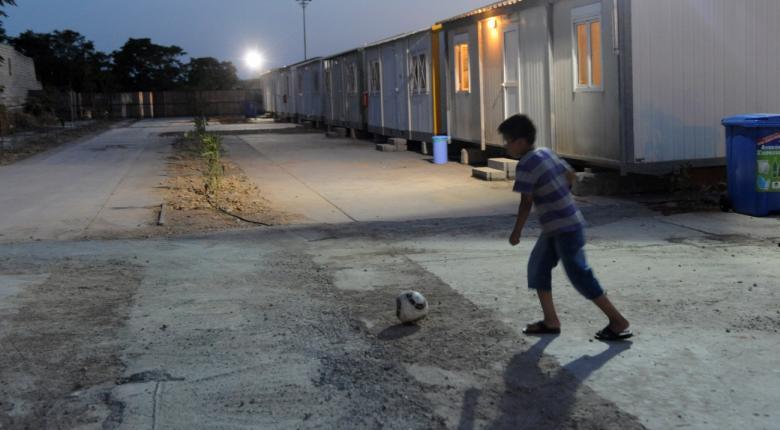 Δεν υπάρχει αύξηση των προσφυγικών ροών - Μέτρα για τη μεταφορά προσφύγων με παραβατική συμπεριφορά - Κεντρική Εικόνα