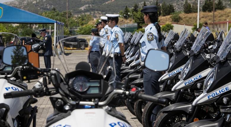 Η ΕΛΑΣ παρέλαβε «του κουτιού» 107 μοτοσικλέτες και 7 αυτοκίνητα (photos) - Κεντρική Εικόνα