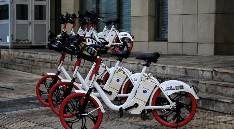 Επιδότηση ως 6.000€ για αγορά ηλεκτρικού οχήματος - Τι θα ισχύσει για ΙΧ, δίκυκλα, ταξί και λεωφορεία - Κεντρική Εικόνα