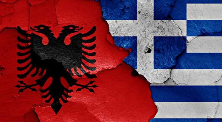 Αλβανία: Ομογενής ύψωσε σημαία, την κατέβασαν αστυνομικοί και πυροβόλησε - Κεντρική Εικόνα
