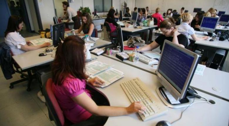 Έρχονται 63.000 προσλήψεις στο Δημόσιο - Ποιες αφορούν μόνιμο και ποιες εποχικό προσωπικό - Κεντρική Εικόνα
