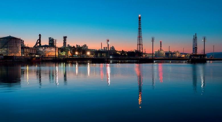 Ανακοίνωση των ΕΛΠΕ για τη διακοπή ηλεκτροδότησης και στις δύο βιομηχανικές εγκαταστάσεις τους - Κεντρική Εικόνα