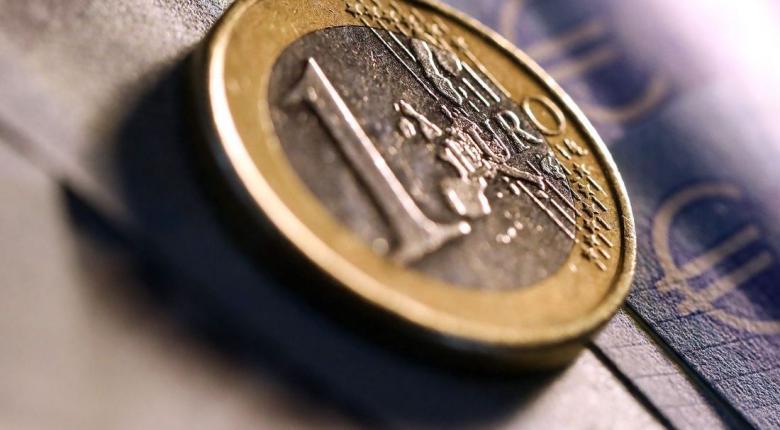 Οριακή ενίσχυση του ευρώ έναντι του δολαρίου - Κεντρική Εικόνα
