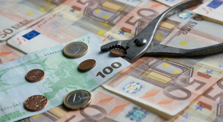 Πάνω από 2 εκατ. οφειλέτες χρωστούν ως 500 ευρώ στην Εφορία - Κεντρική Εικόνα