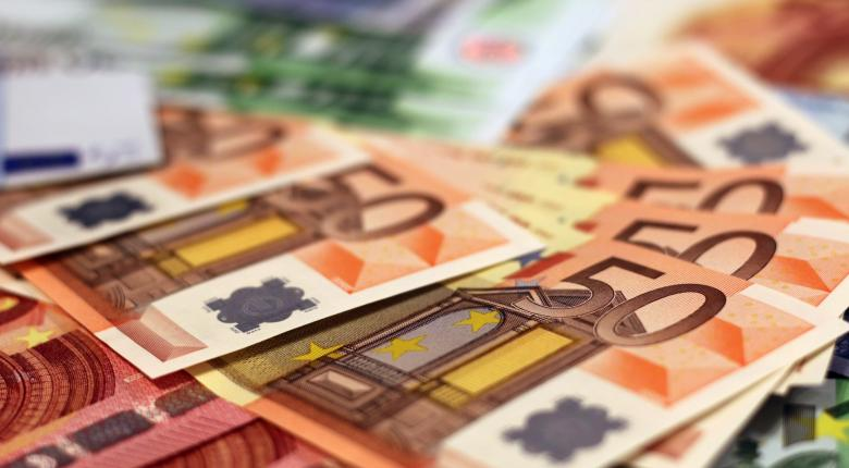 Ελεύθεροι επαγγελματίες: Ποιοι ΚΑΔ  θα λάβουν ειδική αποζημίωση ως 800 ευρώ - Κεντρική Εικόνα