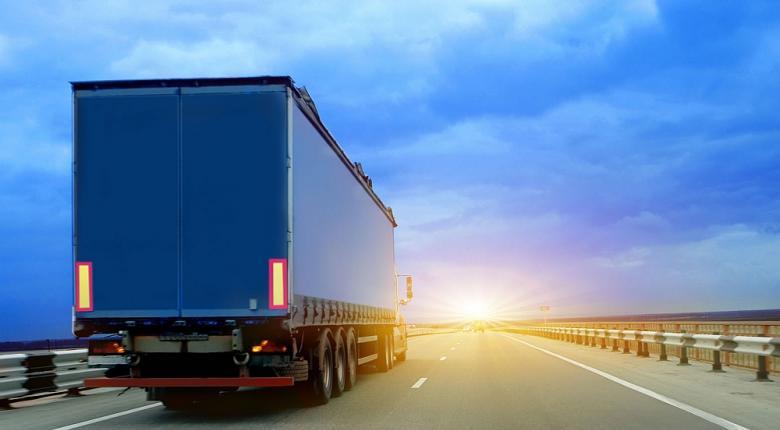 Τα φορτηγά είναι υποχρεωμένα να μειώσουν τις εκπομπές διοξειδίου του άνθρακα κατά 30% έως το 2030 - Κεντρική Εικόνα