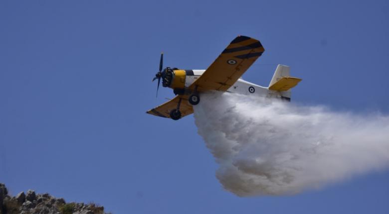 Σε ύφεση η πυρκαγιά στη Νέα Μάκρη - Επτά φωτιές στην ίδια περιοχή σε 9 ημέρες! (videos) - Κεντρική Εικόνα