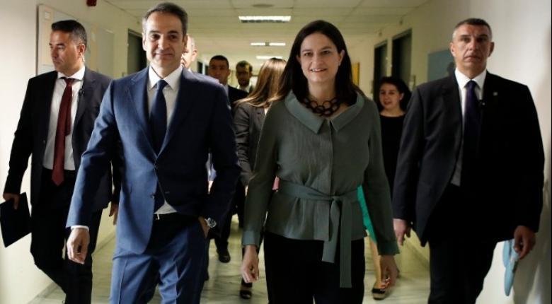 Στο υπουργείο Παιδείας ο πρωθυπουργός Κυριάκος Μητσοτάκης - Κεντρική Εικόνα