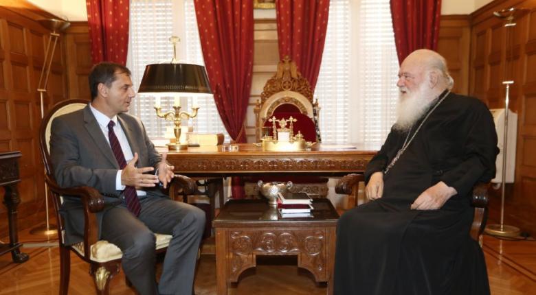 Τον Αρχιεπίσκοπο Ιερώνυμο επισκέφθηκε ο υπουργός Τουρισμού Χάρης Θεοχάρης - Κεντρική Εικόνα