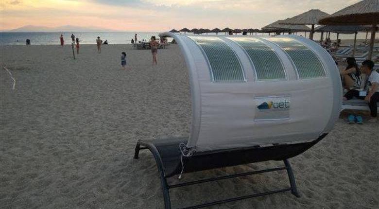 Ελληνική εφεύρεση η φωτοβολταϊκή ... ξαπλώστρα που φορτίζει όλες τις συσκευές! (video)  - Κεντρική Εικόνα