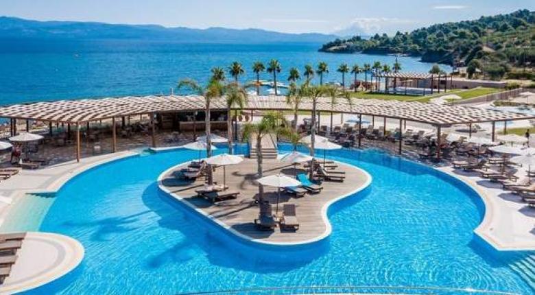 Το ξενοδοχείο στη Χαλκιδική που θυμίζει ...Γαλλική Πολυνησία (photos) - Κεντρική Εικόνα