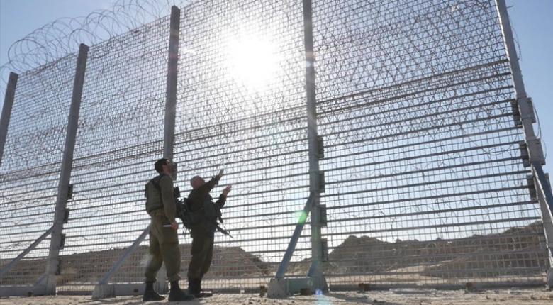 To Ισραήλ ενισχύει το τείχος στη Λωρίδα της Γάζας - Κεντρική Εικόνα
