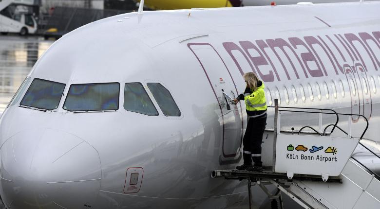 Γερμανία: «Γιορτινή» τριήμερη απεργία σε θυγατρική αεροπορική της Lufthansa - Κεντρική Εικόνα
