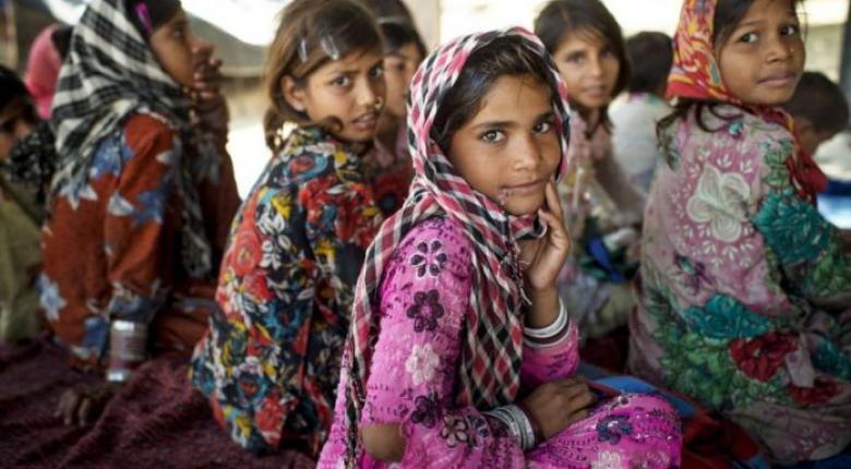 Ινδία: Περίπου 239.000 μικρές Ινδές πεθαίνουν κάθε χρόνο - Κεντρική Εικόνα