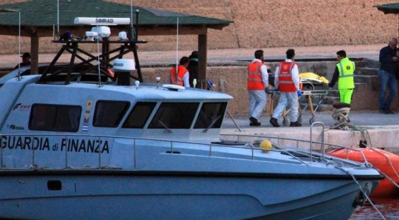 Δεκάδες μετανάστες αποβιβάστηκαν στη Λαμπεντούζα - Κεντρική Εικόνα