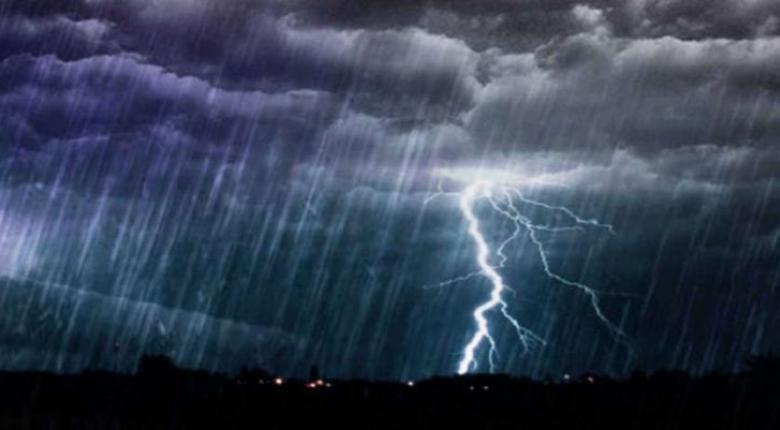 Ισχυρή καταιγίδα πλήττει αυτή την ώρα την Αττική - Κεντρική Εικόνα