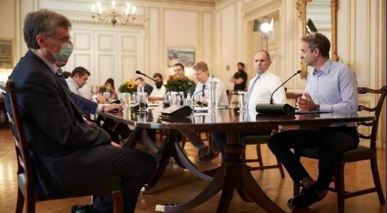 Κορωνοϊός: Νέα τηλεδιάσκεψη υπό τον πρωθυπουργό - Σε επιφυλακή το Μαξίμου - Κεντρική Εικόνα