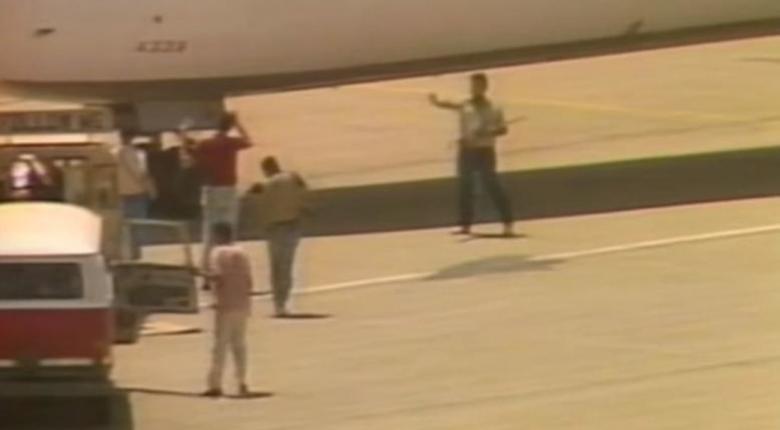 «Άνθρακες ο θησαυρός»: Ο Λιβανέζος «αεροπειρατής» αποδείχτηκε έγκριτος δημοσιογράφος και αφέθηκε εύθερος - Κεντρική Εικόνα