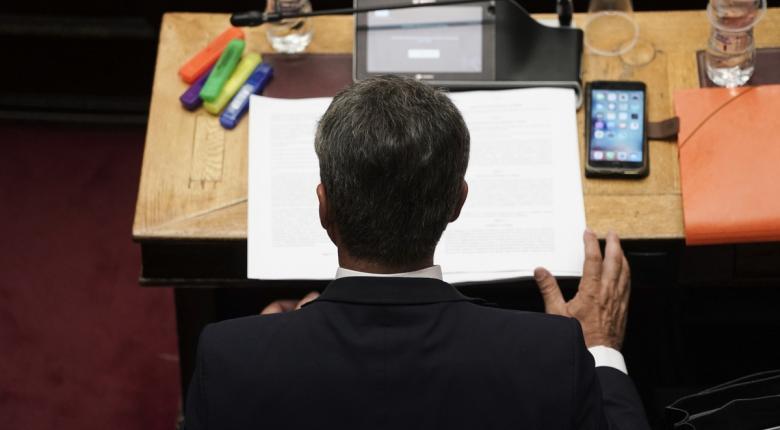 Δίωξη κατά Λοβέρδου για την υπόθεση Novartis παρήγγειλε η Εισαγγελία κατά της Διαφθοράς - Κεντρική Εικόνα