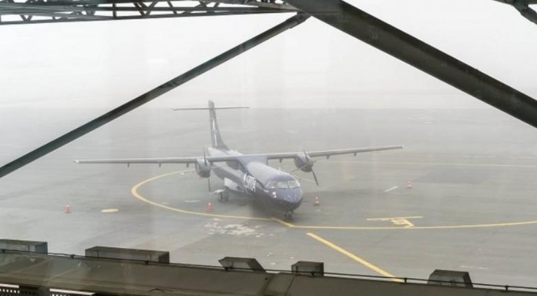 """Ακυρώθηκαν τέσσερις πτήσεις λόγω αδυναμίας προσγείωσης των αεροπλάνων στο αεροδρόμιο """"Μακεδονία"""" - Κεντρική Εικόνα"""