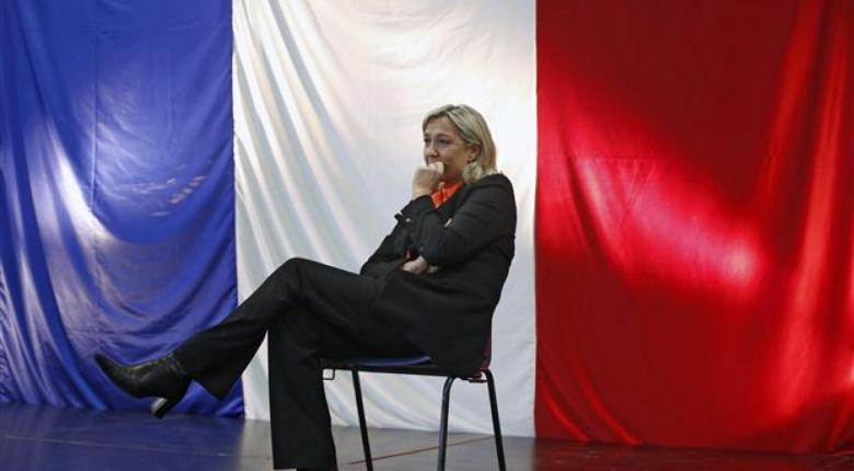 Οι γαλλικές τράπεζες έκλεισαν τους λογαριασμούς του Εθνικού Μετώπου - Κεντρική Εικόνα
