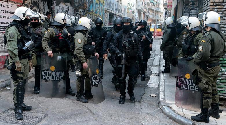 Νέα επιχείρηση της ΕΛΑΣ στα Εξάρχεια με απολογισμό 4 συλλήψεις - Κεντρική Εικόνα
