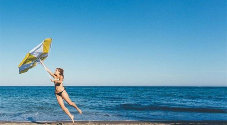 Κρύωσαν οι θάλασσες του Αιγαίου εξαιτίας του διαρκούς μελτεμιού - Κεντρική Εικόνα
