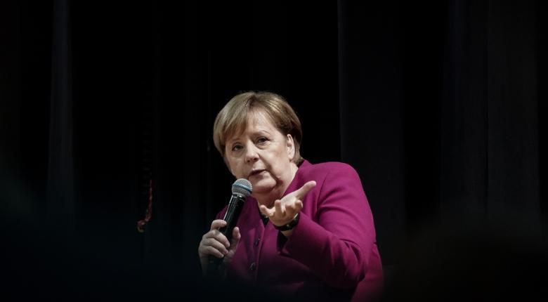 Ανησυχία Μέρκελ για τις «μεγάλες παγκόσμιες αλλαγές» - Κεντρική Εικόνα