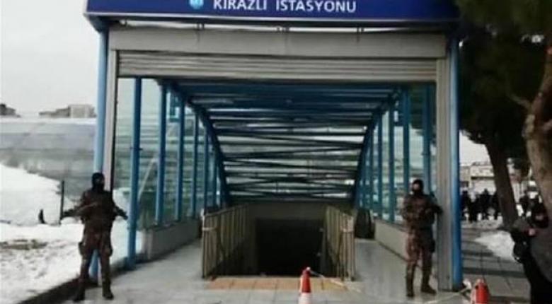 Εκκενώθηκε το Μετρό της Κωνσταντινούπολης, έπειτα από πληροφορίες ότι εθεάθη ο μακελάρης του Reina - Κεντρική Εικόνα