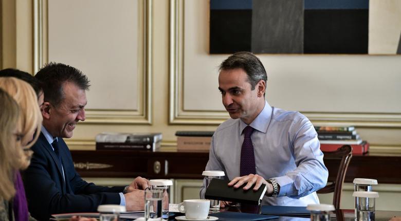 Ο Μητσοτάκης αξιολογεί τα υπουργεία: «Συστηματική δουλειά σε κρίσιμα μέτωπα» βλέπει στο υπ. Εργασίας - Κεντρική Εικόνα