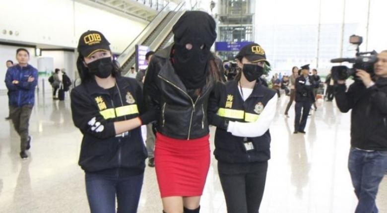 Πού θα δικαστεί το 19χρονο μοντέλο που πιάστηκε με κόκα στο Χονγκ Κονγκ - Κεντρική Εικόνα