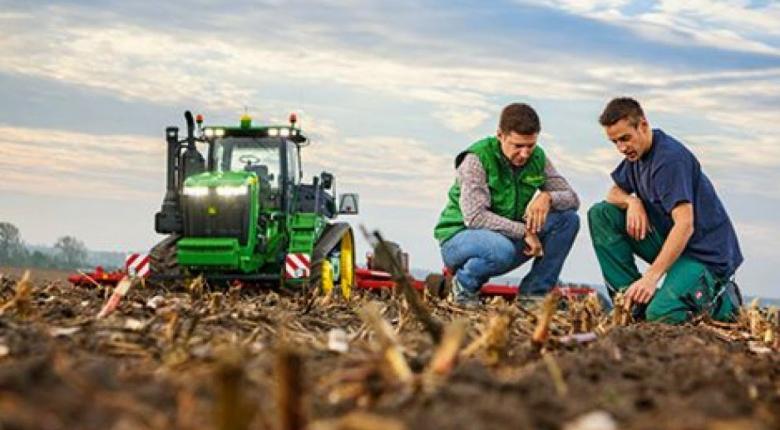 Μισό εκατομμύριο αγρότες θα λάβουν σήμερα το 70% της βασικής ενίσχυσης ύψους 683 εκατ. ευρώ - Κεντρική Εικόνα