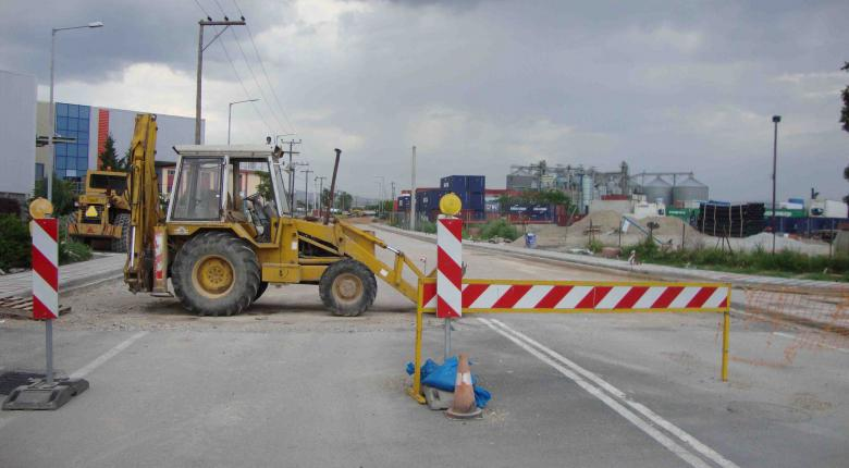 H ΕΤΕπ στηρίζει με παρεμβάσεις κόστους €500 εκατ. το οδικό δίκτυο - Κεντρική Εικόνα