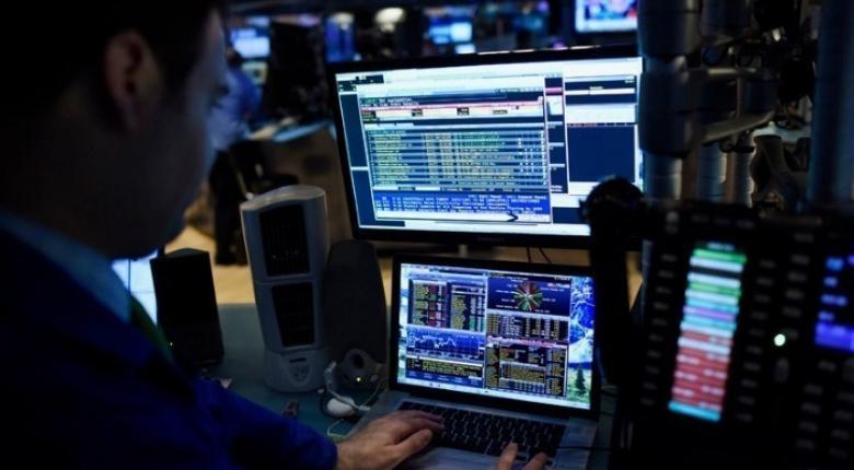 Πιέσεις στα ομόλογα μετά το «καμπανάκι» Moody's - Κεντρική Εικόνα