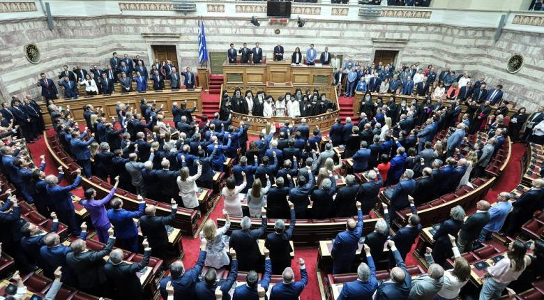 Με ψήφους ΣΥΡΙΖΑ-ΚΙΝΑΛ αναμένεται να εκλεγεί ο νέος πρόεδρος της Βουλής - Κεντρική Εικόνα