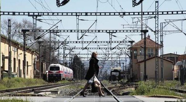 Ακινητοποιημένα τα τρένα - Στάσεις εργασίας σε μετρό και τραμ - Κεντρική Εικόνα