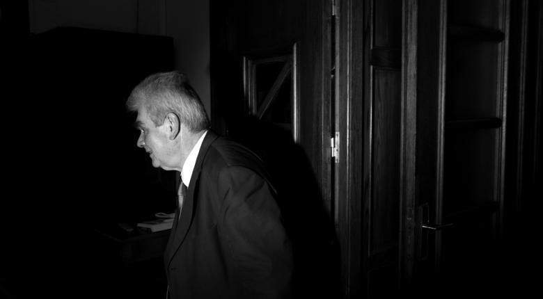 Παπαγγελόπουλος: Καθαρός ουρανός αστραπές δεν φοβάται - Κεντρική Εικόνα
