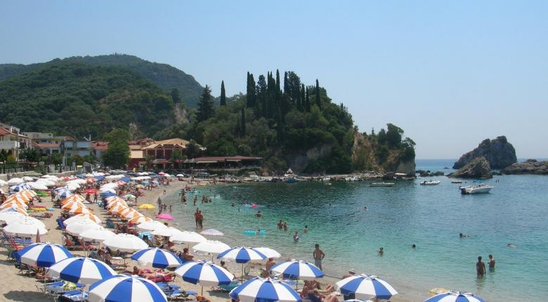 Ποιος είναι ο top ελληνικός προορισμός που επιλέγουν κατά χιλιάδες οι Αλβανοί τουρίστες - Κεντρική Εικόνα