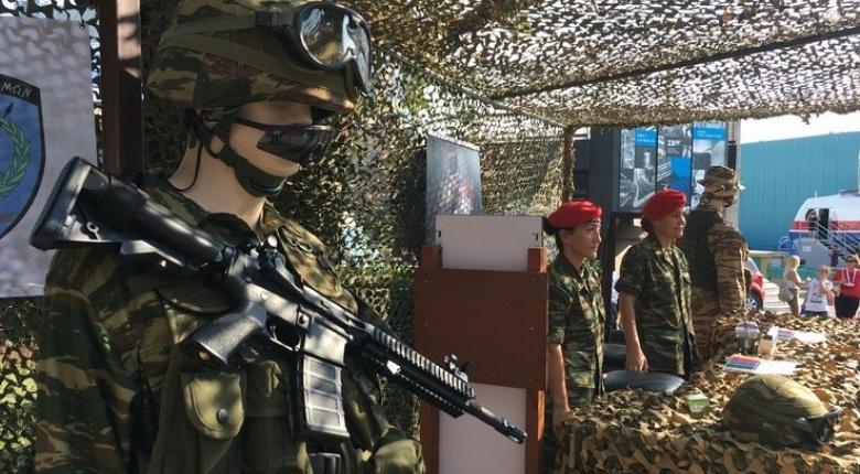 ΔΕΘ: Η «οχιά των αιθέρων», καταδρομείς και αντιαρματικά στο περίπτερο των Ενόπλων Δυνάμεων (photos) - Κεντρική Εικόνα
