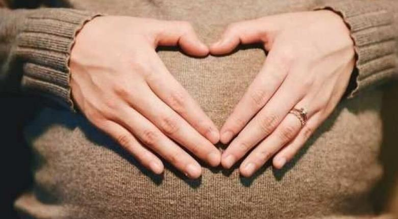 Επίδομα γέννησης παιδιού: Ποιοι κόβονται από την εφορία - Κεντρική Εικόνα
