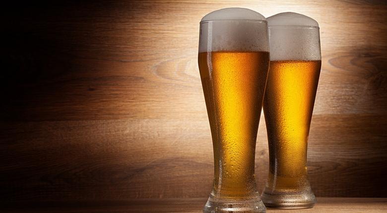 Ποιες γνωστές ζυθοποιίες ανοίγουν τις πόρτες τους και προσφέρουν δωρεάν μπίρα στο κοινό το σαββατοκύριακο - Κεντρική Εικόνα