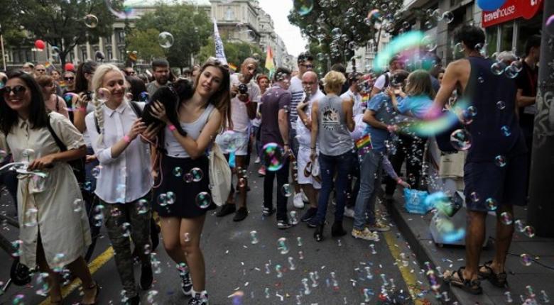Γκέι πρωθυπουργός συμμετείχε στο Pride της χώρας της (video) - Κεντρική Εικόνα