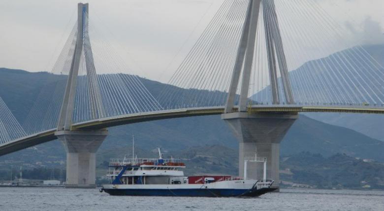 Εγκαταλείπουν την... γέφυρα Ρίου-Αντιρρίου για τα φθηνότερα φέρι μποτ - Κεντρική Εικόνα