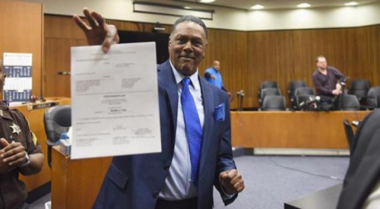 Αποζημίωση 1,5 εκατ. δολαρίων για έναν Αμερικανό που έμεινε 45 χρόνια στη φυλακή - Κεντρική Εικόνα