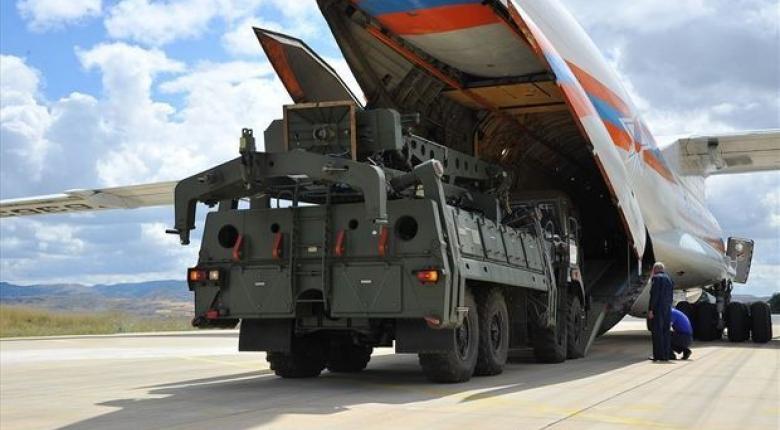 Ολοκληρώθηκε η παράδοση του πρώτου φορτίου S-400 στην Τουρκία - Κεντρική Εικόνα