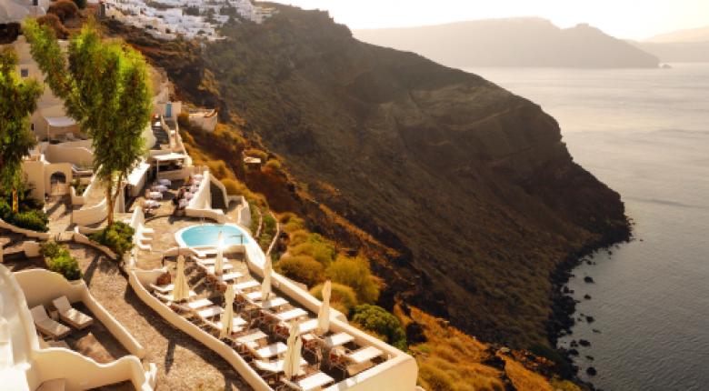 Στη διεθνή ελίτ ελληνικά νησιά και ξενοδοχεία - Ποιες διακρίσεις έλαβαν - Κεντρική Εικόνα