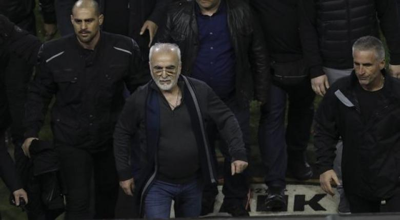 Die Welt: Δεν απέχει πολύ ένα ποδοσφαιρικό Grexit - Κεντρική Εικόνα