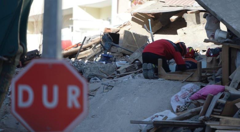 Τούρκος σεισμολόγος: Έρχονται μεγάλοι σεισμοί σε Τουρκία και Ελλάδα - Η αφρικανική πλάκα βυθίζεται πιο γρήγορα - Κεντρική Εικόνα