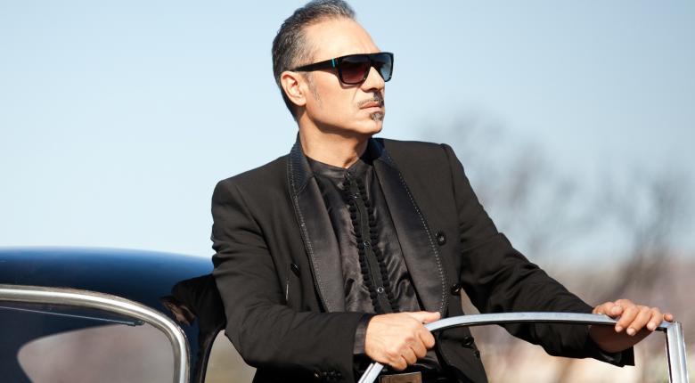 Τελικά «ξεπούλησε» ο Σφακιανάκης στη συναυλία του στα Τίρανα (video)   - Κεντρική Εικόνα