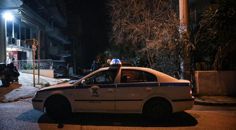 Άγνωστοι πέταξαν χειροβομβίδα στο ρωσικό προξενείο στο Χαλάνδρι - Με καθυστέρηση διαπιστώθηκε ότι εξερράγη - Κεντρική Εικόνα